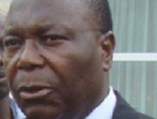 Clément Mouamba né entre 1943 et 1944 à sibiti est un corrompu notoire. Il a trahi ses amis de l'UPADS pour cautionner le hold up électoral du 4 avril 2016 (Actualités)