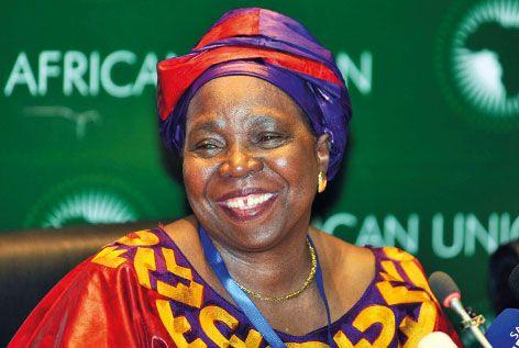 Mme Nkonsazana Dlamini-Zuma, la nouvelle présidente de la Commission de l'UA, promet de renforcer l'UA et de faire le ménage (Nouvelles des ONG, INDH, organisations régionales et onusiennes)
